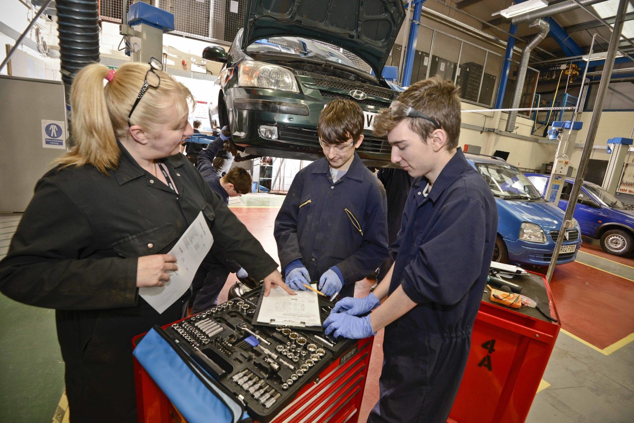 Level 2 Auto Electrical Specialist - Accrington ...